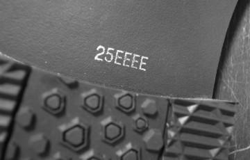 25.0cm、ウィズEEEE