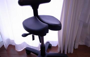 0841-201506_ayur chair 01