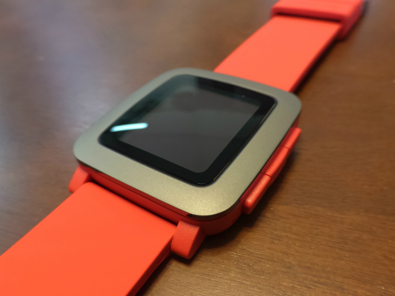 1200-201603_Pebble Time 03