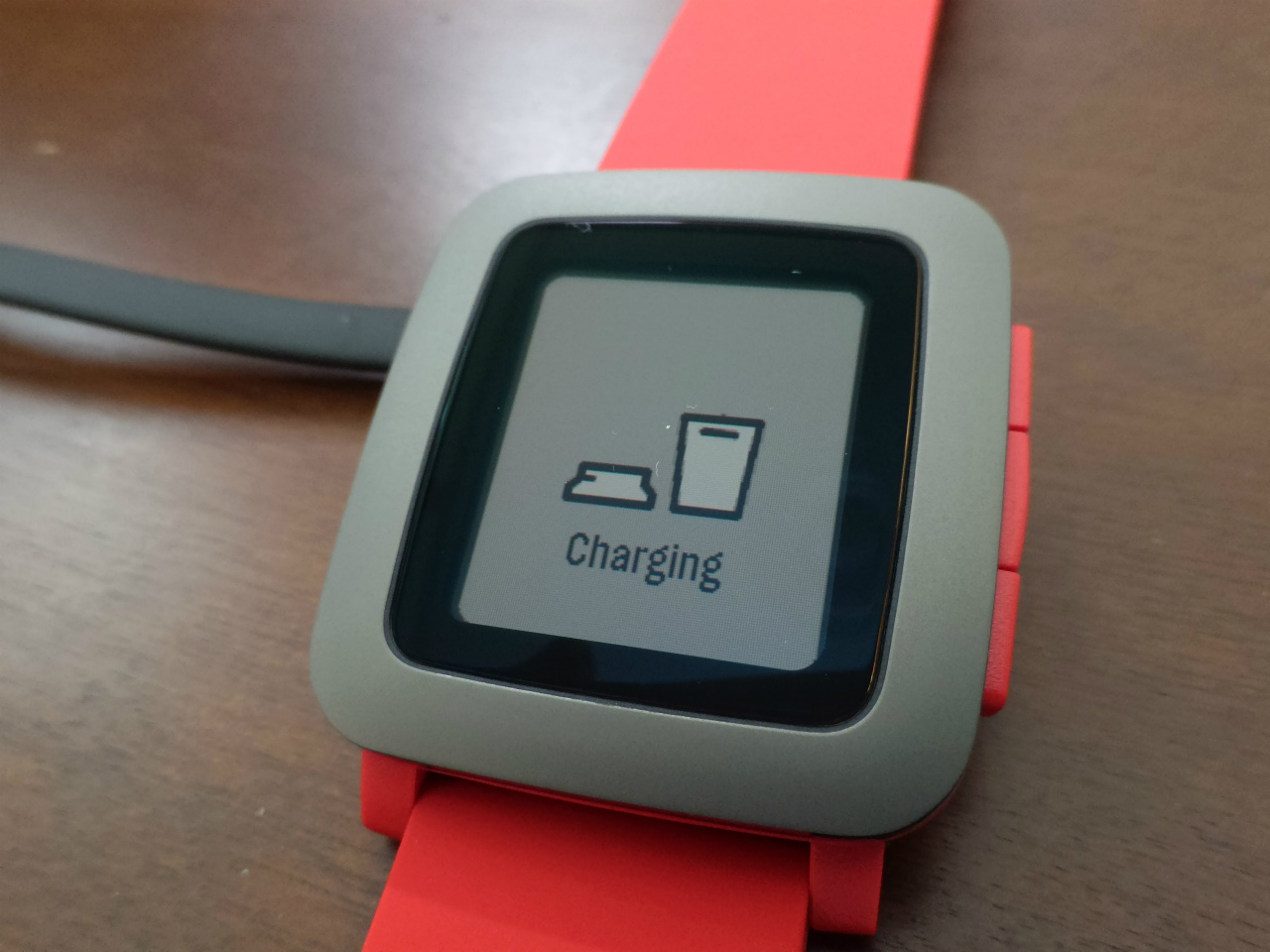 1200-201603_Pebble Time 07