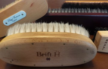 1202-201603_Shoe Care Brush 01