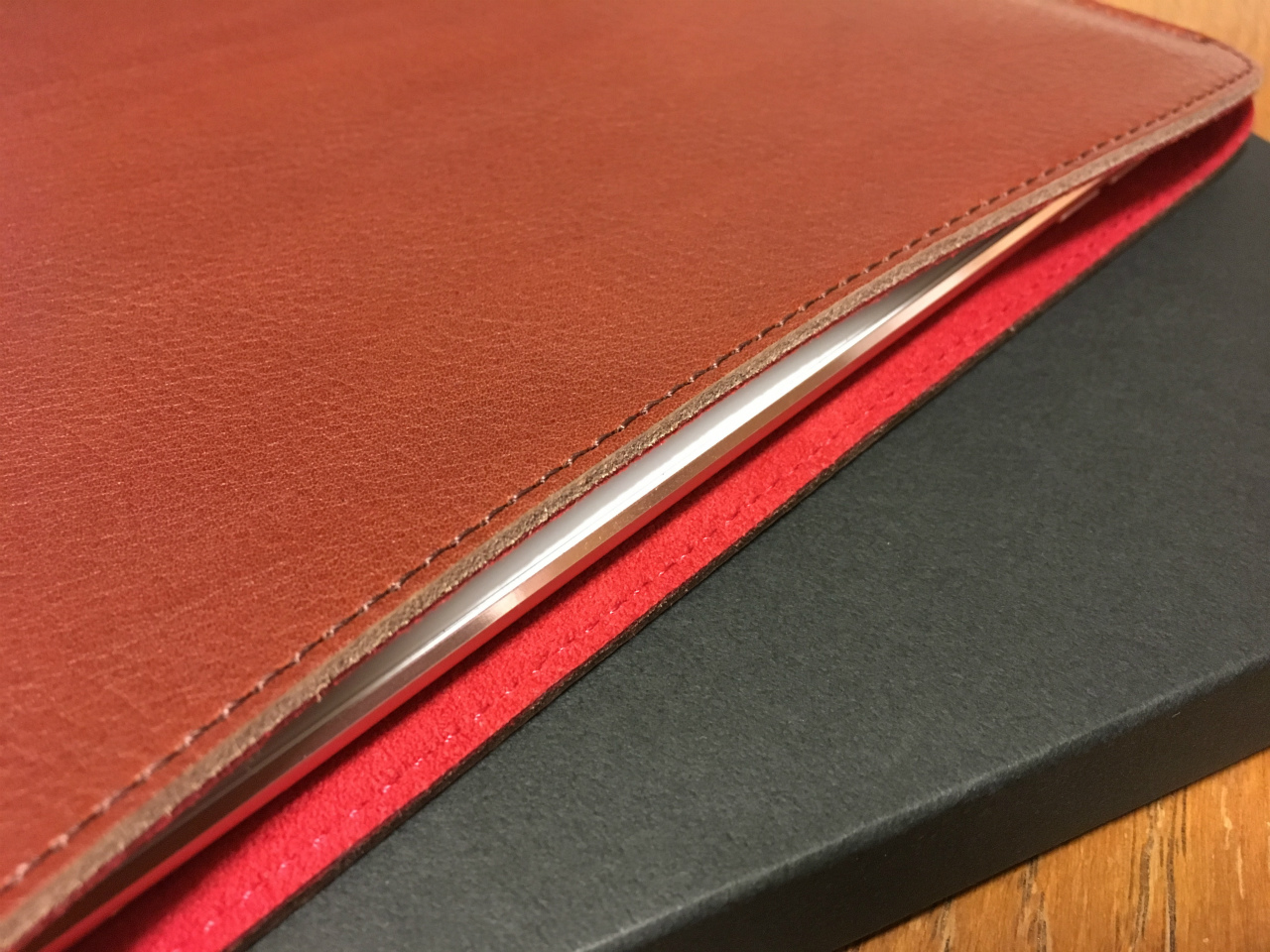 kunitachi-leather-sleeve-for-ipadpro-06