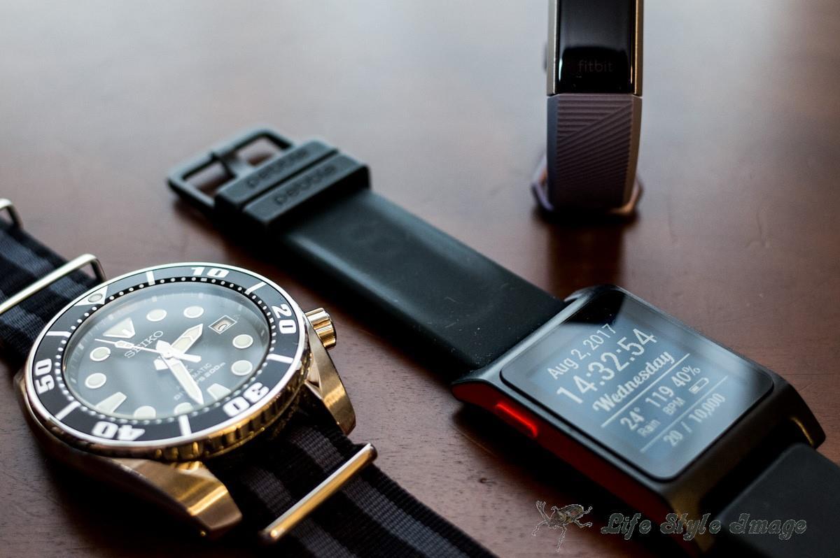 腕時計、スマートウォッチ、そして活動量計。